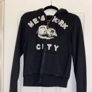 Tops - NYC Sweater